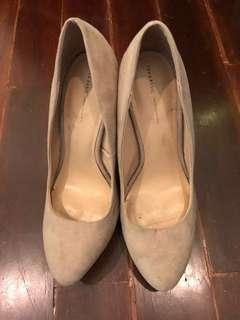 ZARA - Tribal heels
