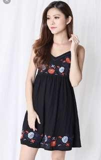 Soleil Embroidered Dress (Black)
