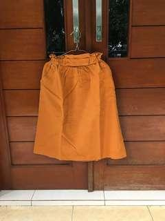 Preloved - Zara Woman Paperbag Skirt in Mustard