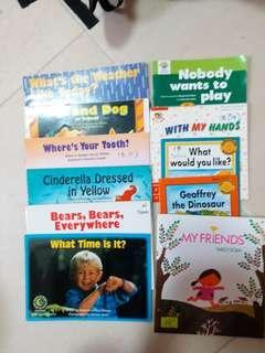 小朋友中英圖書、故事書