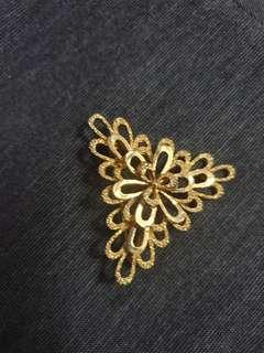 18K gold plated lovely triangle brooch