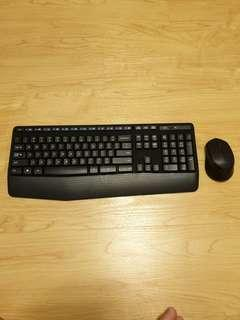 Logitech bluetooth Keyboard and mouse set K345