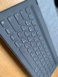 iPad Pro 12.9 原廠鍵盤皮套