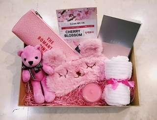 Gift Box Surprise (Valentine's Day Special)