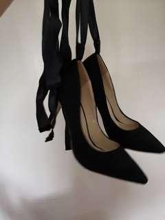 Black High Heels Shoes (Rock&Rose)