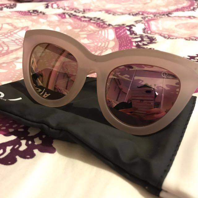 ** PRICE REDUCED ** QUAY AUSTRALIA Pink Sunglasses
