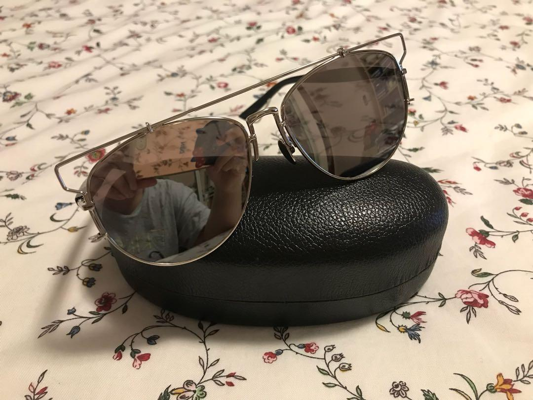 ** PRICE REDUCED** Dior inspired - oversized reflector aviators