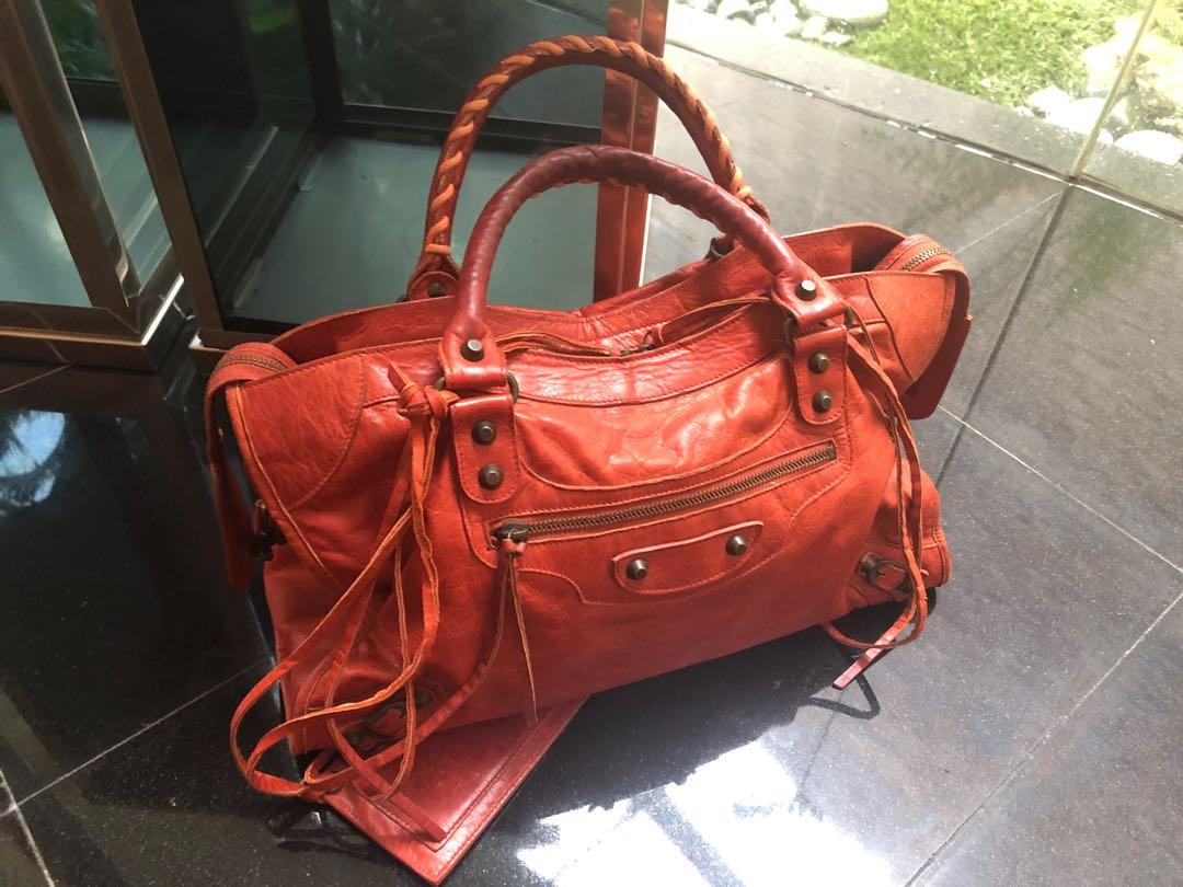 df21cb2361 Balenciaga Classic City, Women's Fashion, Bags & Wallets, Handbags ...