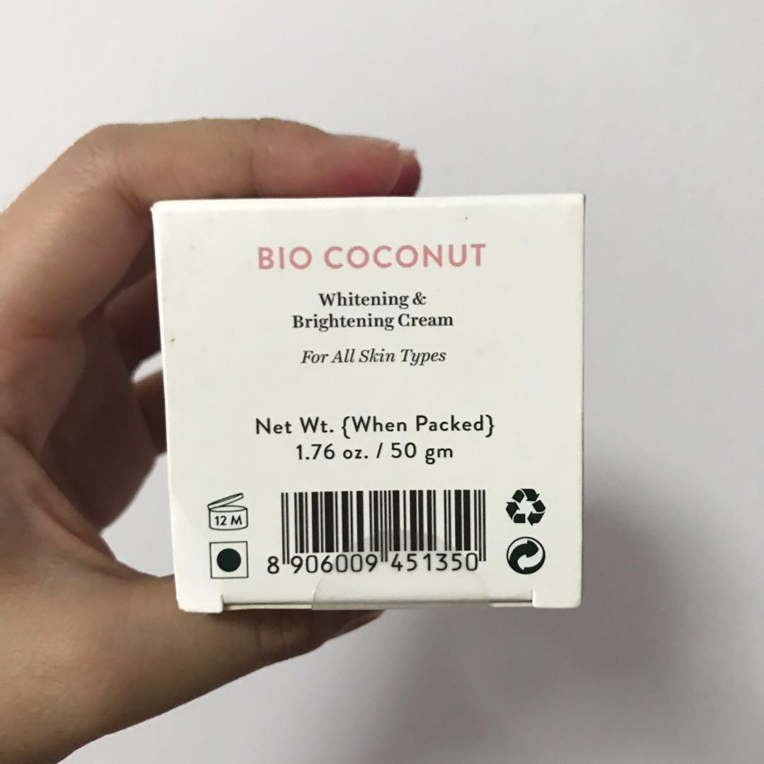Biotique Bio Coconut cream