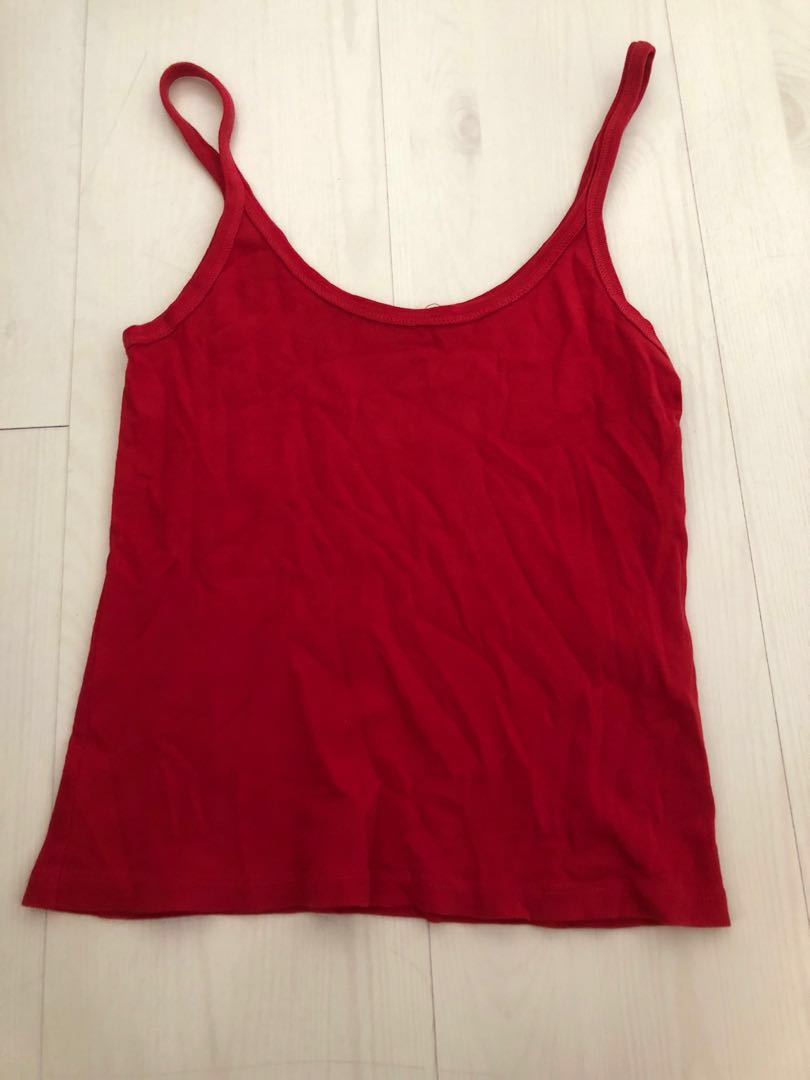 3101edd8ca brandy melville below $15, Women's Fashion, Clothes, Tops on Carousell