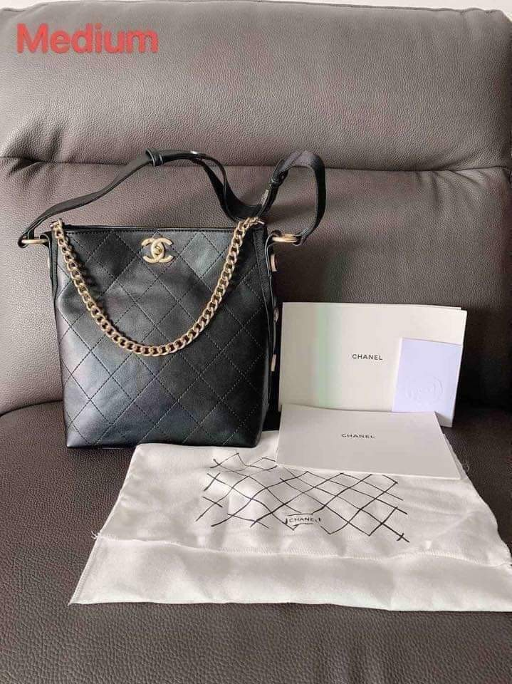 6315060711f150 Chanel Bag, Luxury, Bags & Wallets on Carousell