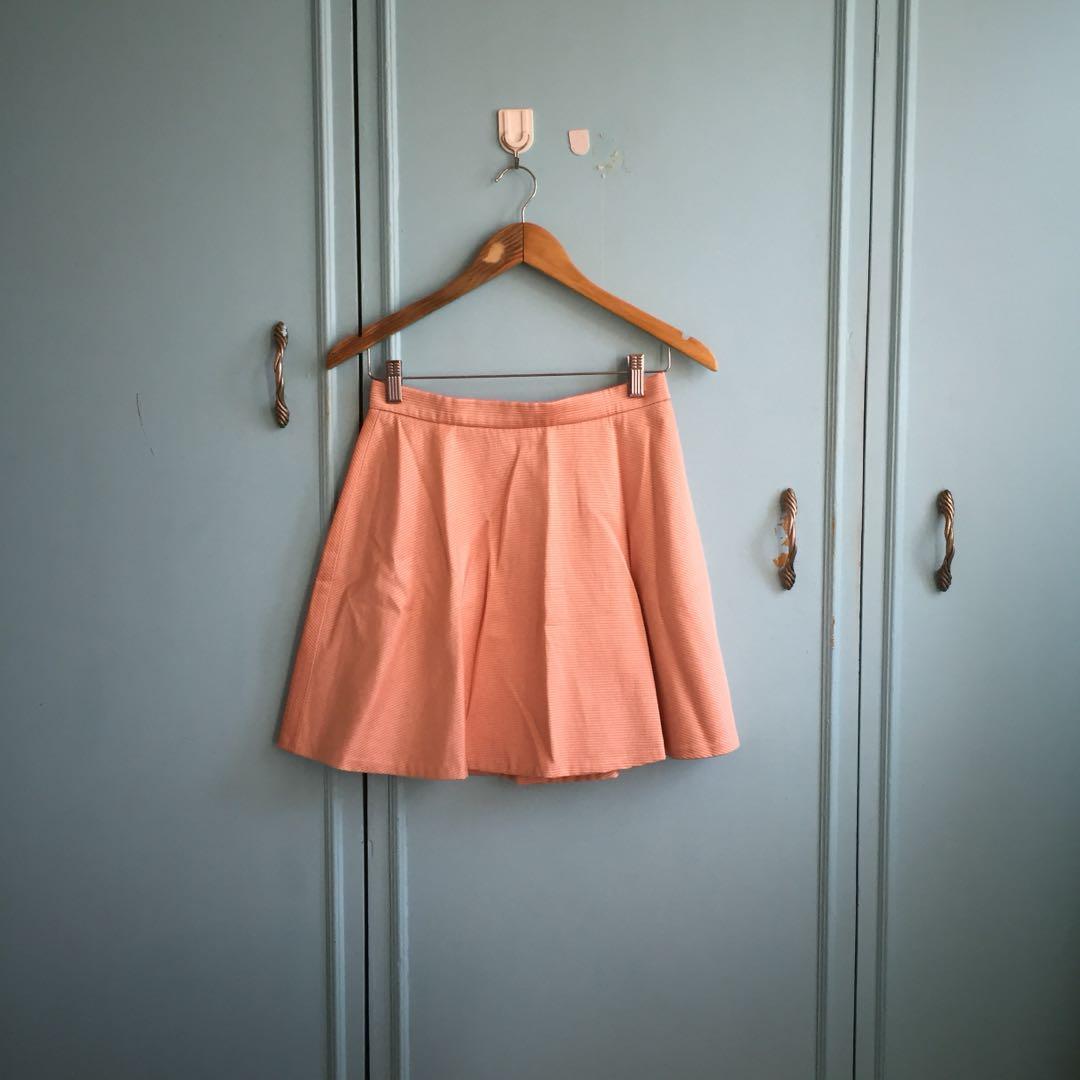 631ce59680 Club Monaco skirt, Women's Fashion, Clothes, Dresses & Skirts on ...