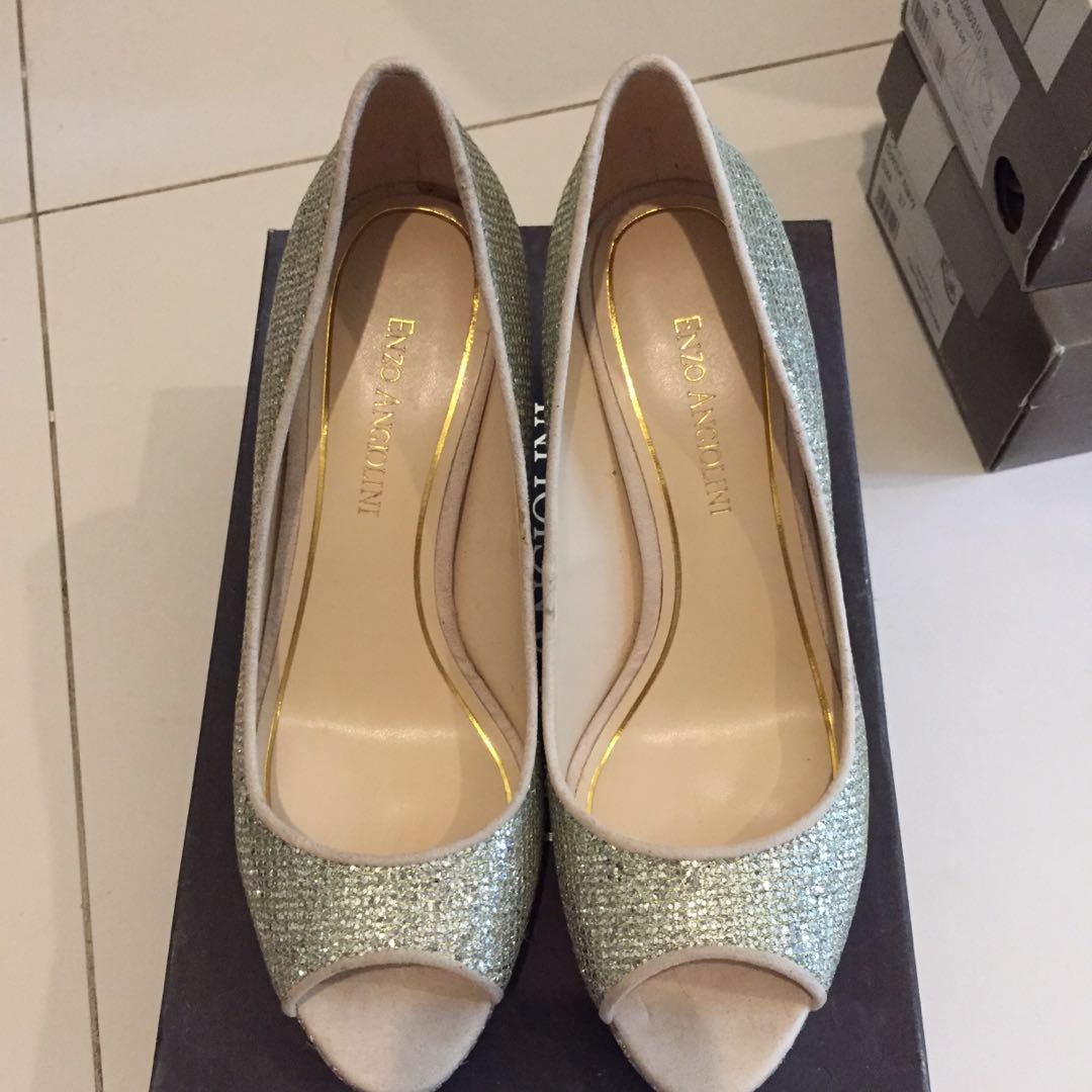 a6f9ff852243 Enzo Angiolini Gold Silver Sparkly Peep Toe heels