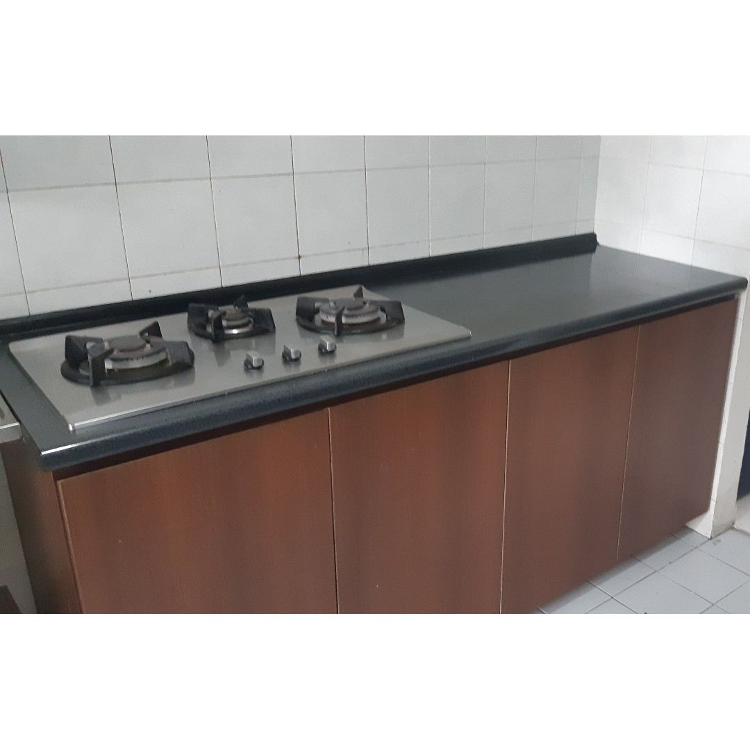 Kitchen Cabinet With Gas Stove