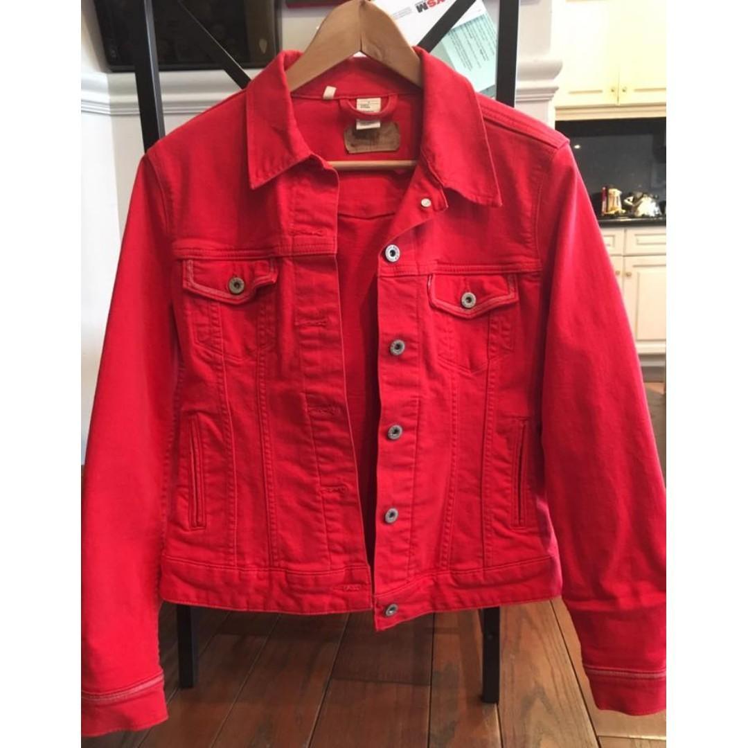 Levi Strauss Women's Original Trucker Denim Jacket (Red) - (Size M)