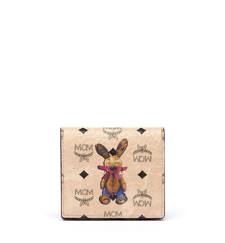 全新正品MCM VISETOS 小兔子壓紋兩折短夾 MYA6AXL15IG001 米色