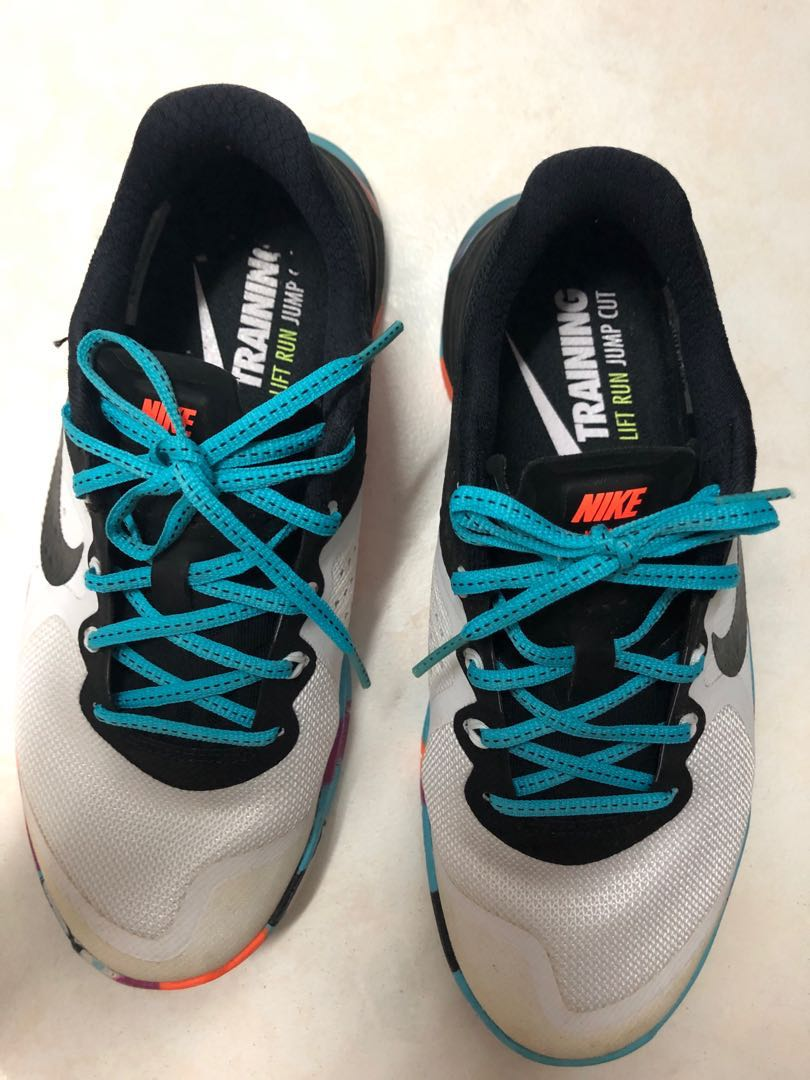 e7d71f1ad889 Nike Women s Shoes