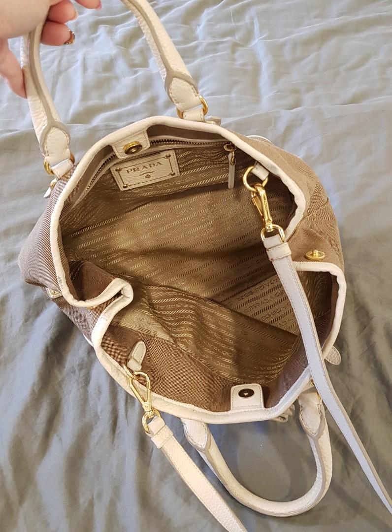 94884e52612e Prada bag with free Prada keychain