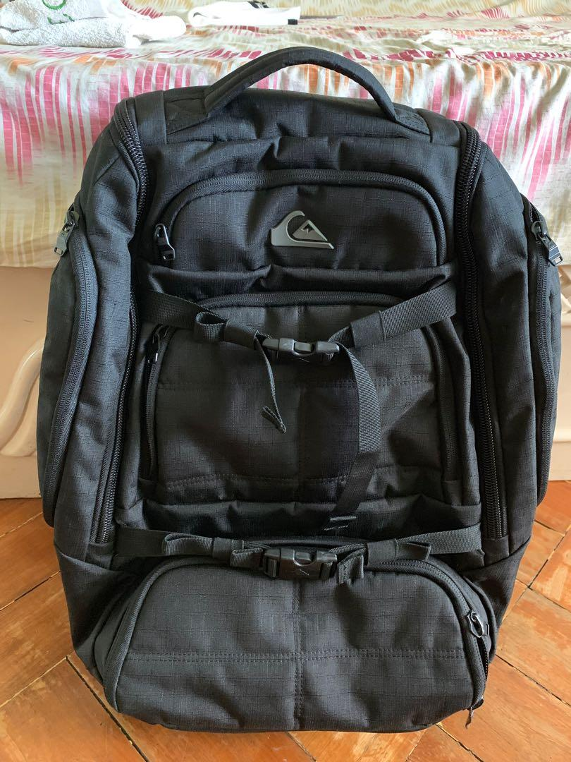 d124a13e45 Quicksilver Fetch backpack on Carousell