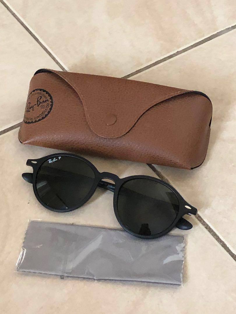 Ray bans polarised sunglasses