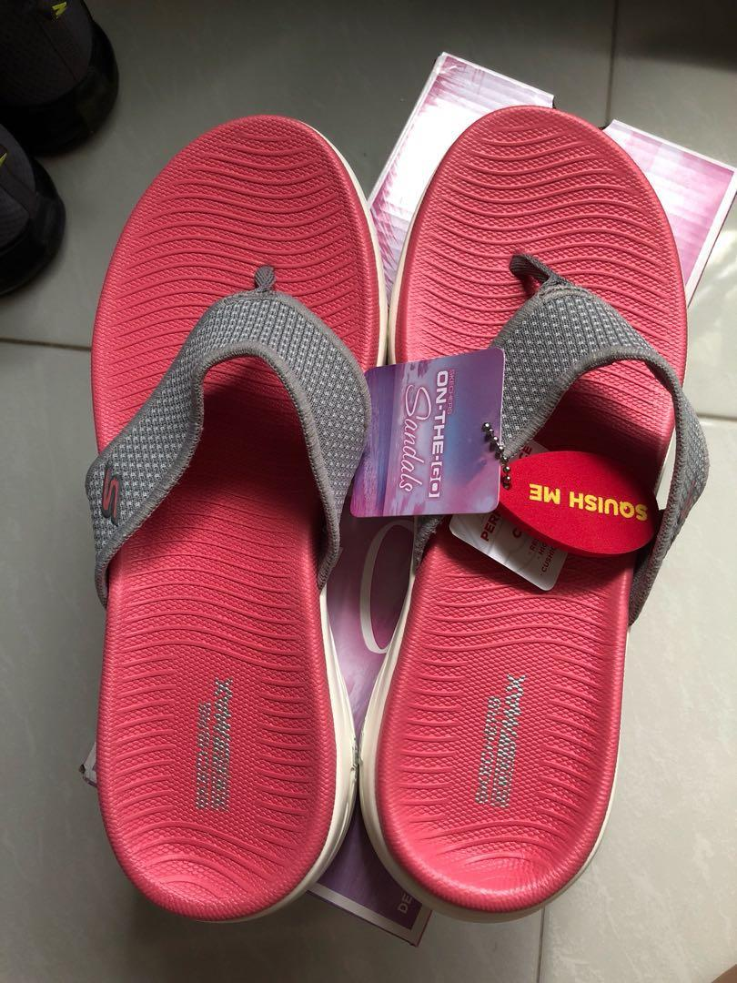 Skechers slippers, Women's Fashion