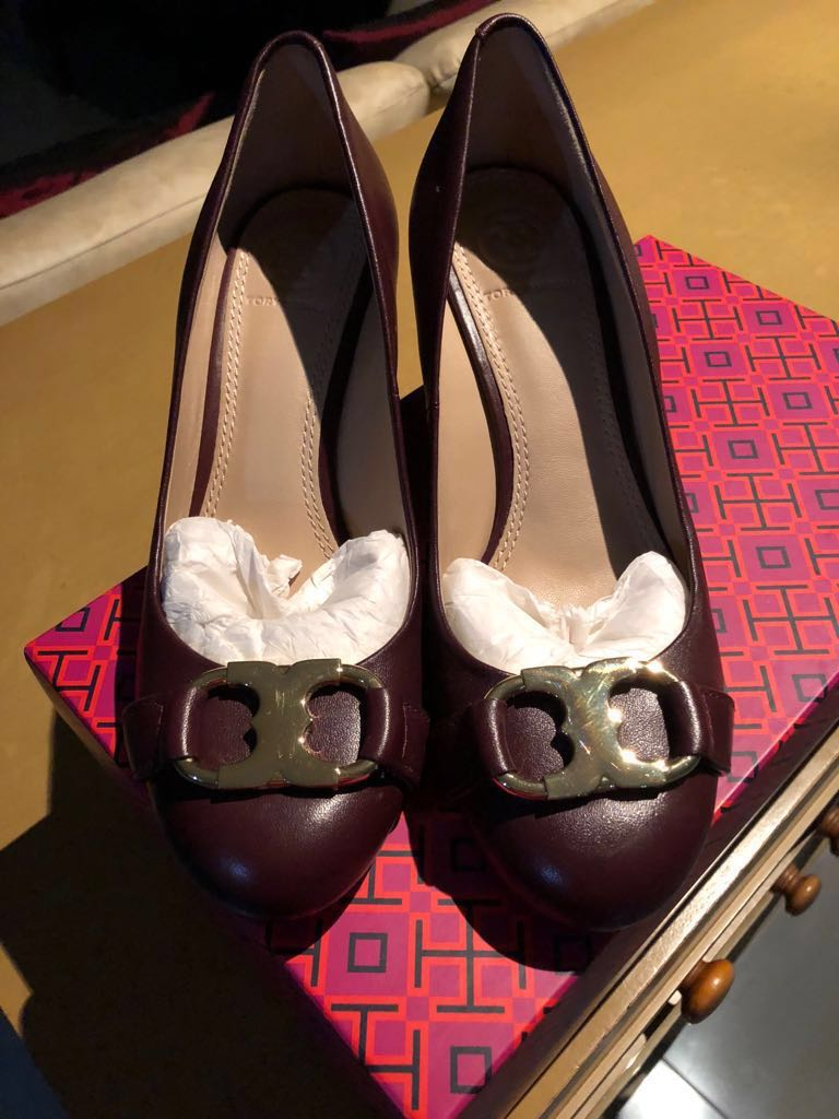 c8c849093b6 Tory Burch Gemini Link 65mm Wedge Flats (98% NEW)