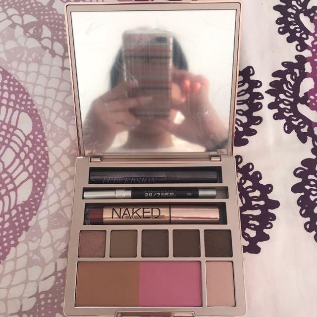 Urban Decay Naked On The Run (limited edition)