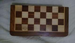 🚚 Chess board wooden