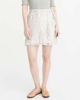 NWT Abercrombie & Fitch Ruffle Mini Skirt (M)