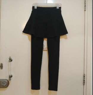 🇯🇵厚料!黑色 legging 裙䃿 ! very comfortable material! 原價$199‼️Korea & Japan Style