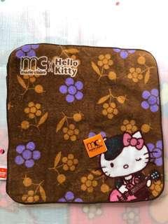 (包郵費)  Marie Claire x Kitty 毛巾