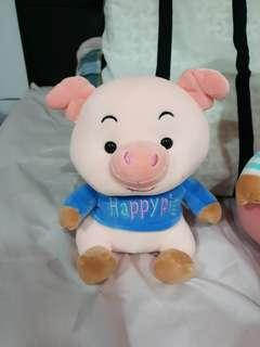 Selling Happy Pig SET - New
