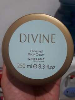 Divine Body Cream 250ml