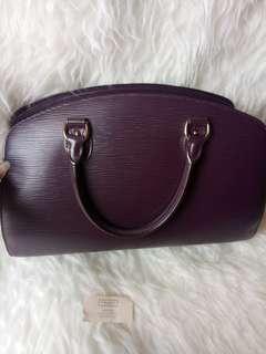 Louis vuitton epi vintage bag,  Preloved excellent