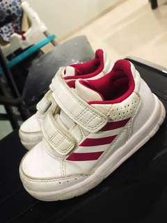 Adidas sports shoes / sneakers