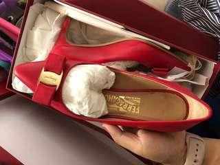 Red Ferragamo high heel 96%new