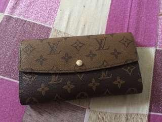 Lv two tone wallet