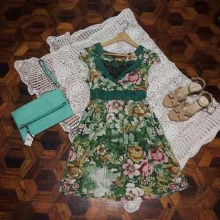 B7s-D17: Dark sea green floral dress