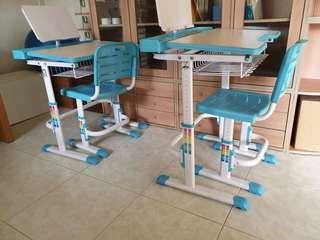 Kids' height adjustable table and chair