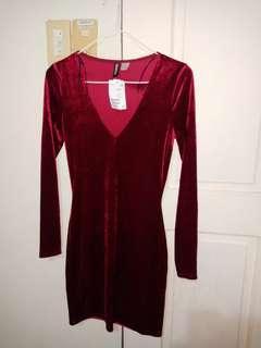 NEW! H&M Red velvet dress