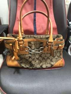 Auth coach hand/shoulder bag