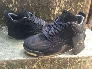 Jordan 4 kaws size 8.5 Nike kyrie supreme yeezy