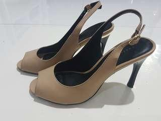 Charles & Keith nude pumps in size 35