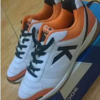 Sepatu Futsal Kelme Size 41