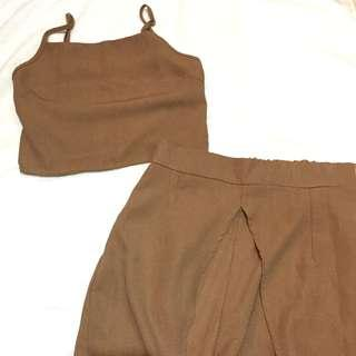 TERNO: earthy brown with slit