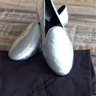 Gorgeous designer (Brian Atwood) loafer flats on sale!