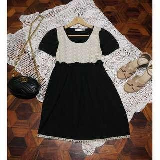 B7s-D21: Black dress