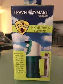 旅遊用燙衫蒸氣手提熨斗。100-220v worldwide
