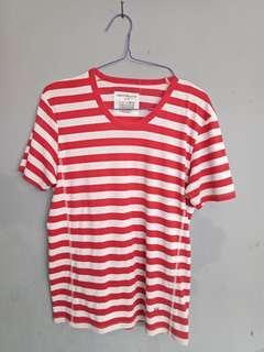 Baju merah harga nett!
