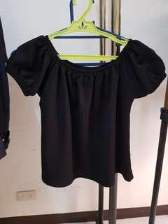Plain black top